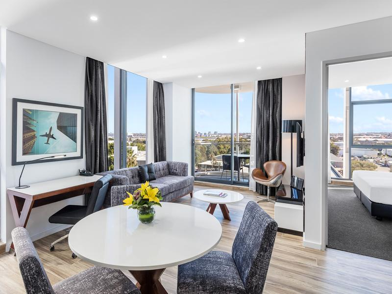 Meriton Serviced Apartments Lands at Sydney Airport - NOW OPEN